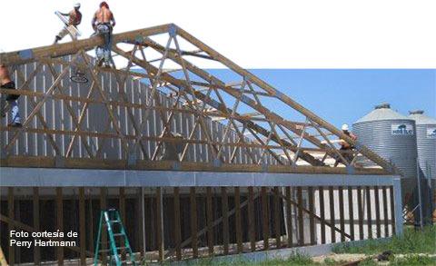 Agrandissement d'un bâtiment avec ventilation tunnel pour l'installation de panneaux de filtres