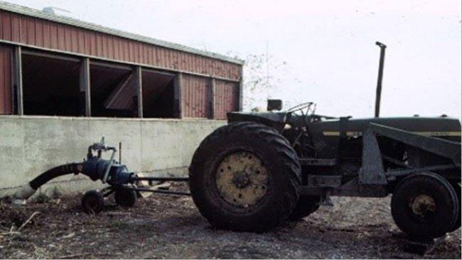 Un producteur a failli décéder dans cette exploitation lorsqu'il y est entré pour inspecter ses porcs pendant qu'il agitait et pompait la fosse.