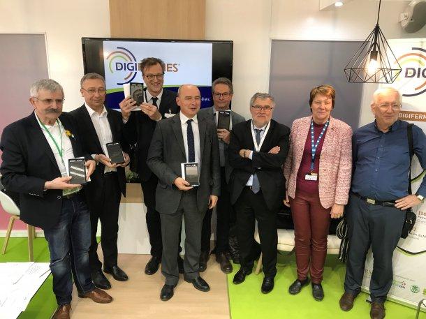 Remise de 5 Labels Digifermes au SIA 2018 : à la station IFIP de Romillé (35) représentée par Bernard Fostier, Directeur Général de l'IFIP (3ème à partir de la gauche).