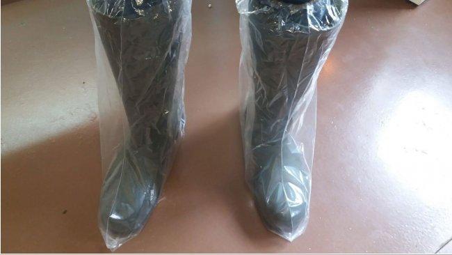 Photo 1. Les pédisacs aident à prévenir la contamination croisée par les chaussures.